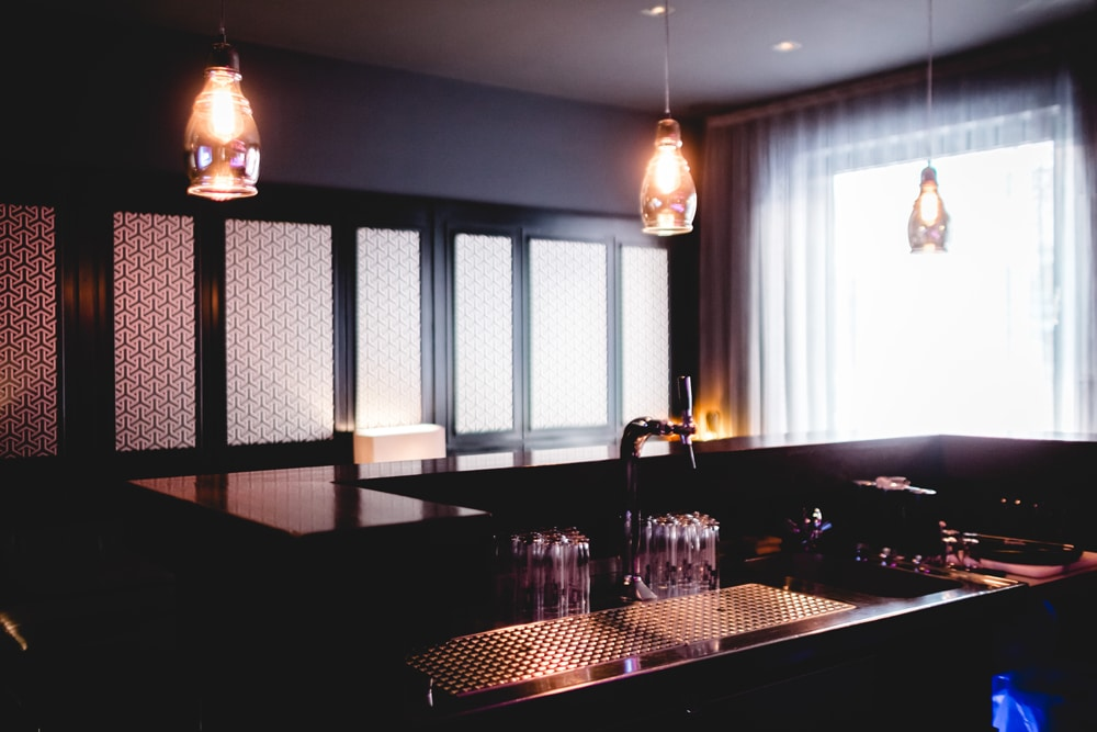 Thekenbereich Der Leons Liquid Lounge